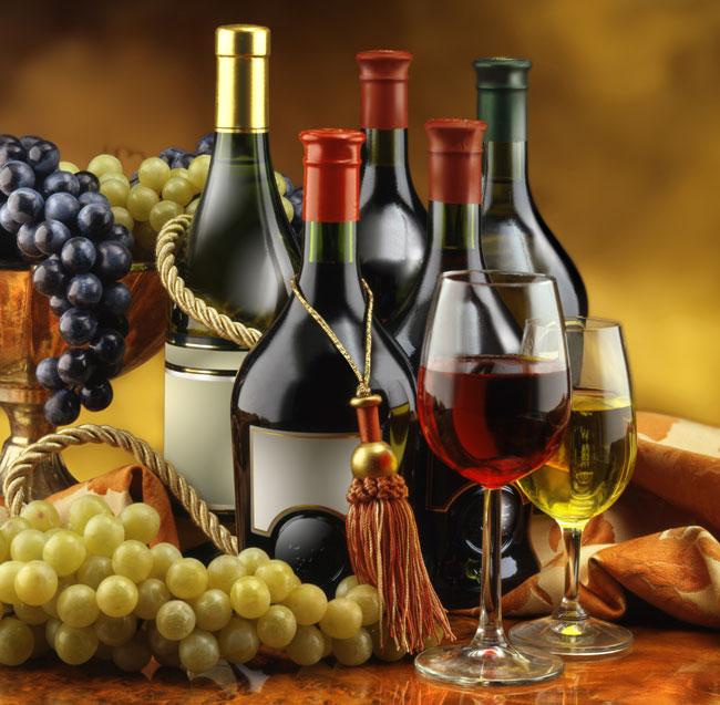 Це зображення має порожній атрибут alt; ім'я файлу Wine_Grapes_web3.jpg