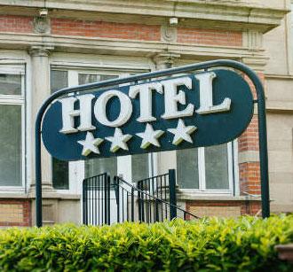 Це зображення має порожній атрибут alt; ім'я файлу hotel-4.jpg